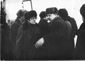 iнанальник БГС А. Закопырин, начальник УСЭТР. И. Холоднов. март 1982 г. правый берег Ангары. Здесь пока ещё начало. 3