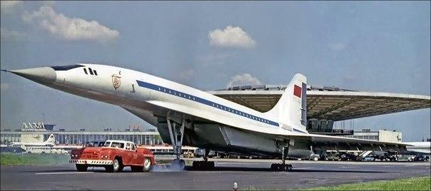 Дебютный показ Ту-144, 1972 год.