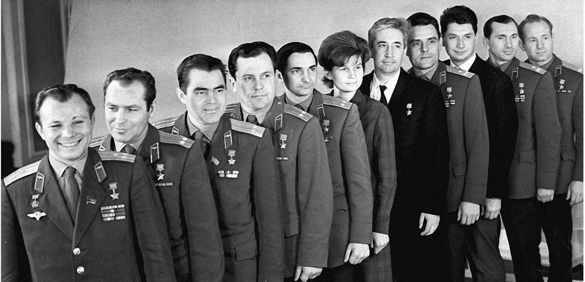 27 Легендарные советские космонавты