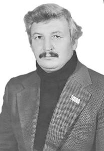 Владимиру Яковлевичу Апостолову