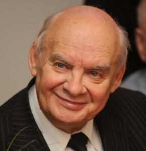 Николаю Добронравову